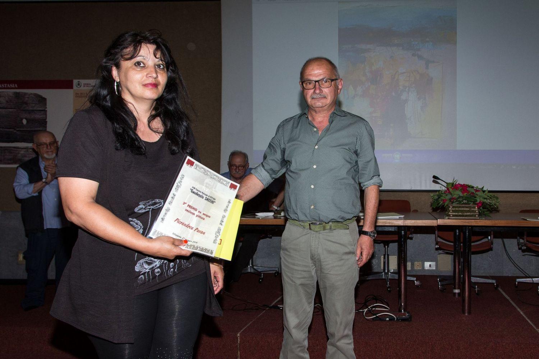 Marino Magni premia Pierandrea Pavan e Gianpietro Cavedon - ritira i  terzi premi Fabiola Carmelini del centro di raccolta di Vicenza