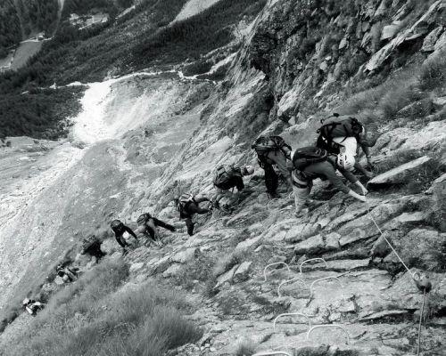 """Vincitori Concorso """"La montagna nei suoi molteplici aspetti"""" - Undicesima ed. - Anno 2011"""